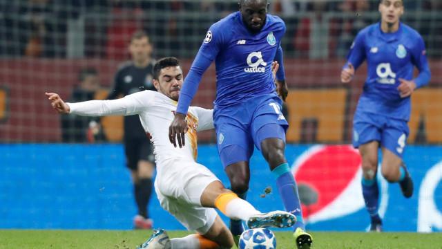 [2-3] Galatasaray-FC Porto: Feghouli falha grande penalidade!