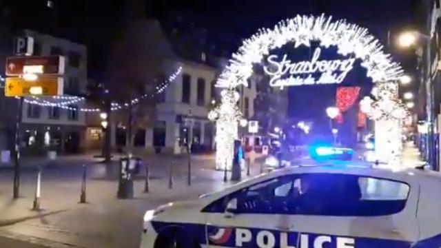 Autor de disparos em Estrasburgo ferido pela polícia continua em fuga