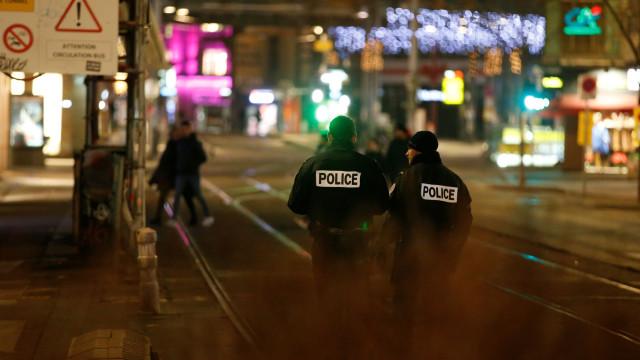 Portuguesa está abrigada em cinema após tiroteio de Estrasburgo