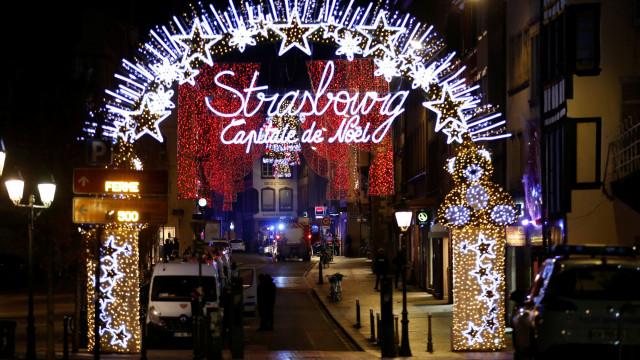 Tiroteio de Estrasburgo faz 3 mortos. Atirador devia ter sido detido hoje