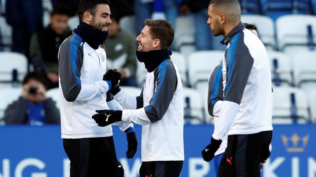 Sporting atento às situações de Adrien e Slimani no Leicester