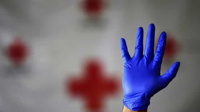 Cruz Vermelha usou artifícios para esconder o que é financiamento estatal