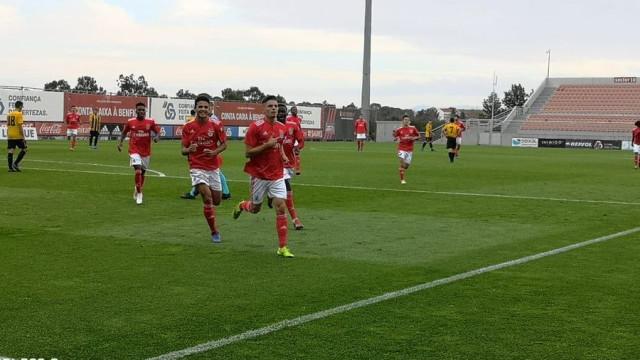 Benfica derrota AEK e garante continuidade na Youth League