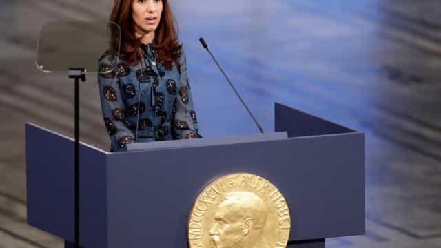 Nobel da Paz quer equipa internacional a investigar yazidis desaparecidos