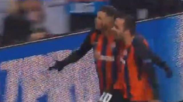 Júnior Moraes reforça época brilhante e dá esperança a Paulo Fonseca
