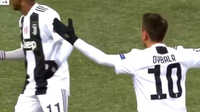 Árbitro anula golaço a Dybala por 'culpa' de Cristiano Ronaldo