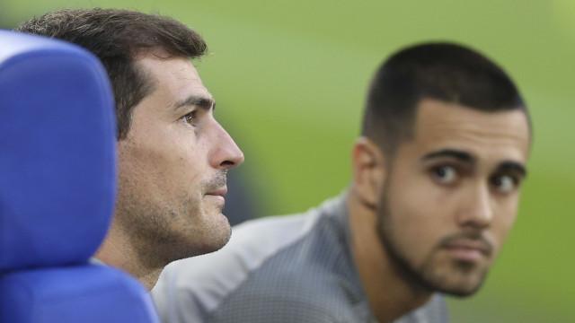 """Casillas 'elege' sucessor no FC Porto: """"Um craque"""""""