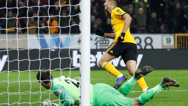 Wolves vence com selo português e ultrapassa Everton de Marco Silva