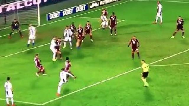 Os melhores também erram: O desastroso livre de Cristiano Ronaldo