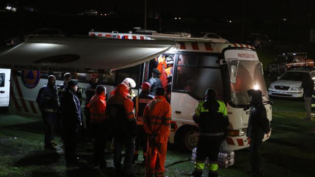 Helicóptero: Proteção Civil espera concluir hoje resgate das vítimas
