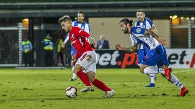 Pinto da Costa encantado por antigo central formado no Benfica
