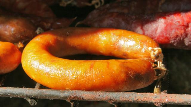 Tradição dos fumeiros e enchidos Lusos pela mão do chef Nuno Diniz