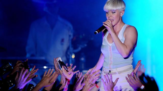 Robyn estreia-se em Portugal. Subirá ao palco do NOS Alive'19