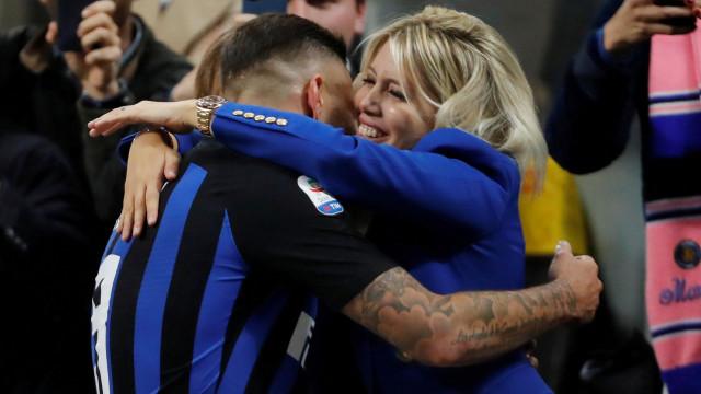 Exigências da mulher de Icardi 'empancam' negociações com o Inter