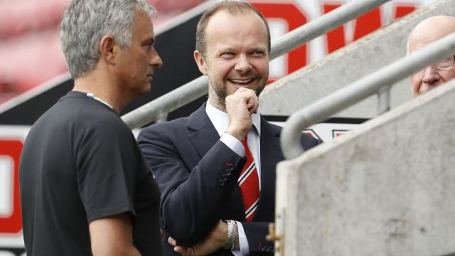 Mourinho pensava que ia discutir reforços e acabou despedido