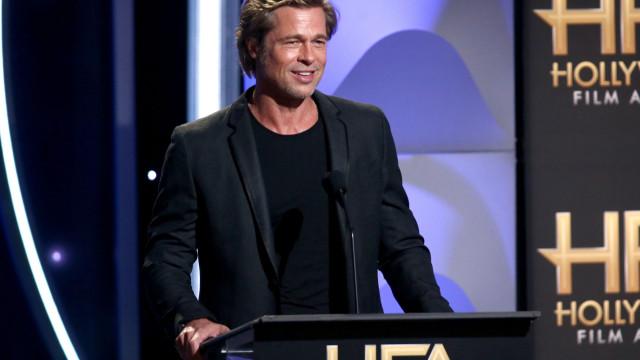 Brad Pitt festeja aniversário na companhia dos seis filhos