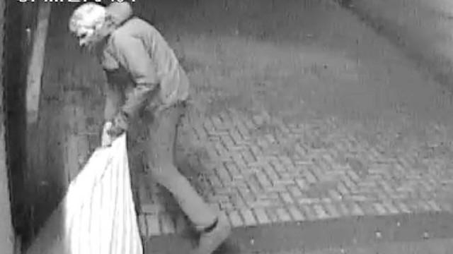 Levam 11 mil euros em roupa durante assalto de cinco horas no Reino Unido