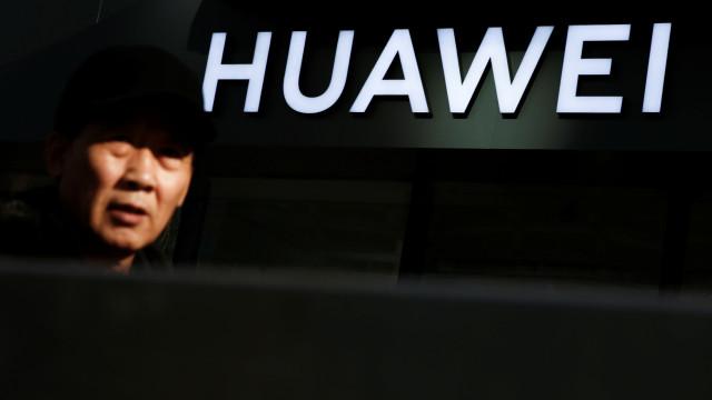 Huawei desafia EUA a provarem que empresa é ameaça à segurança