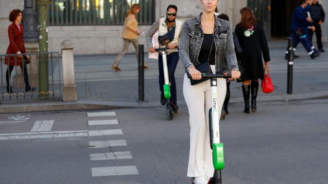 Lime suspende operação na Suíça após erro em trotinetes ferir passageiros