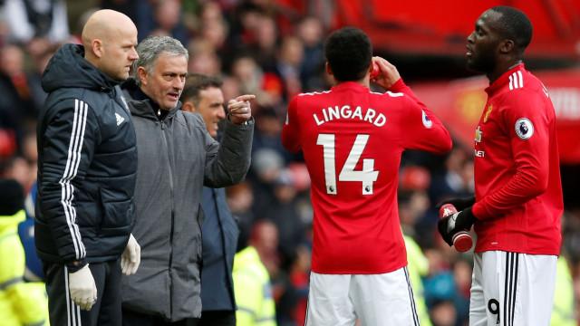 Lingard foi o 1.º jogador a quebrar o silêncio após saída de Mourinho