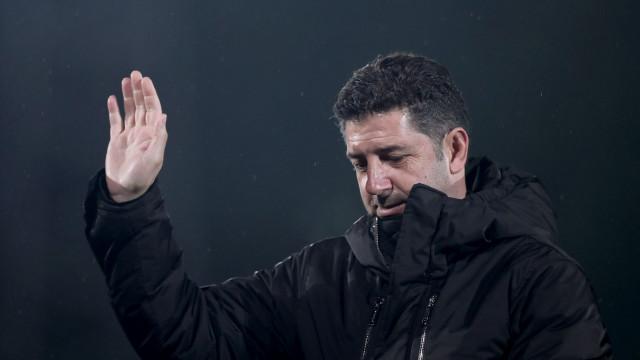 OFICIAL: Benfica confirma à CMVM saída de Rui Vitória