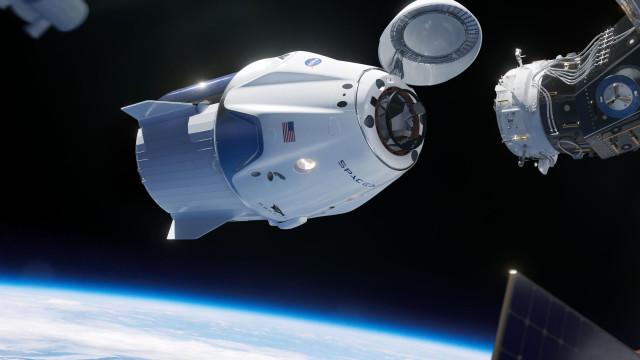 SpaceX arranca 2019 com lançamento e despedimentos