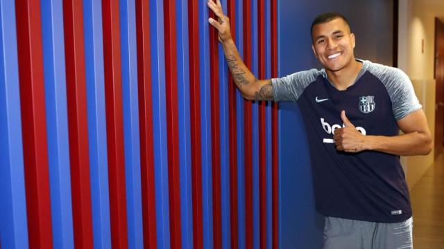 Oficial: Barcelona anuncia contratação para a defesa