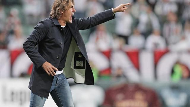 Sá Pinto entre os melhores treinadores da Bélgica em 2018