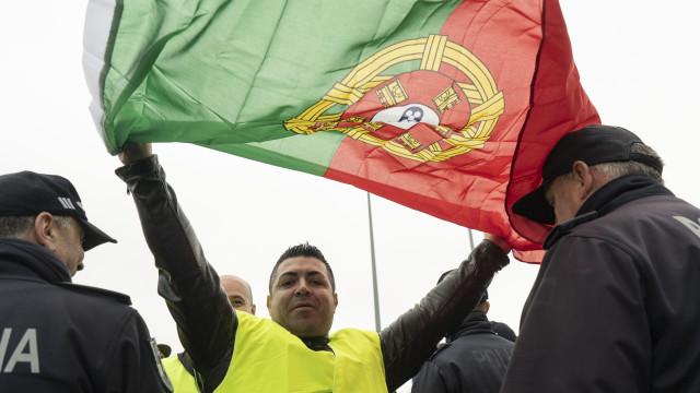 Manifestação termina em Braga com desacatos entre coletes amarelos