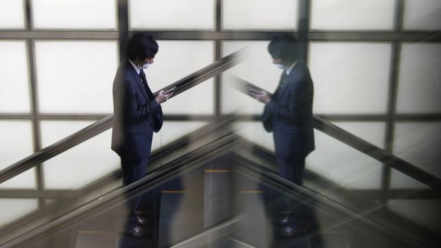 Japão culpa smartphones por perda de visão entre os mais jovens
