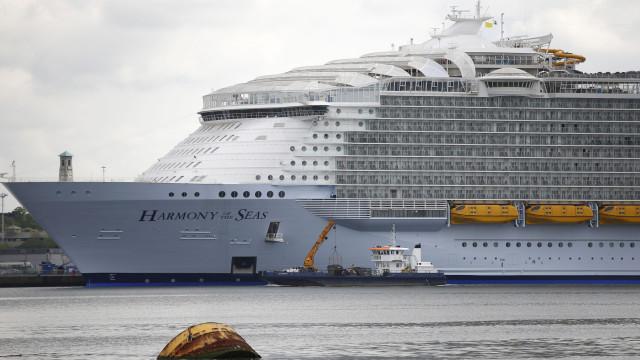 Adolescente morre ao cair de varanda a bordo de cruzeiro nas Caraíbas
