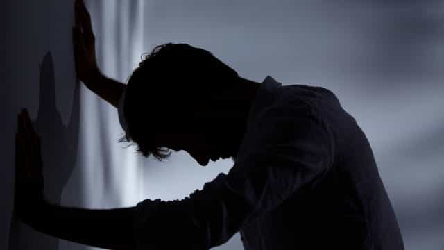 Homens com ansiedade têm dobro do risco de morrer com esta doença