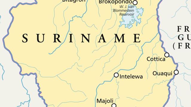 Pelo menos sete mortos em naufrágio a norte do Suriname