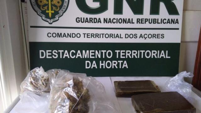 Homem apanhado com mala cheia de droga no aeroporto da Horta