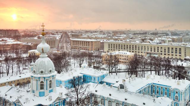 Rússia detém norte-americano por suspeitas de espionagem