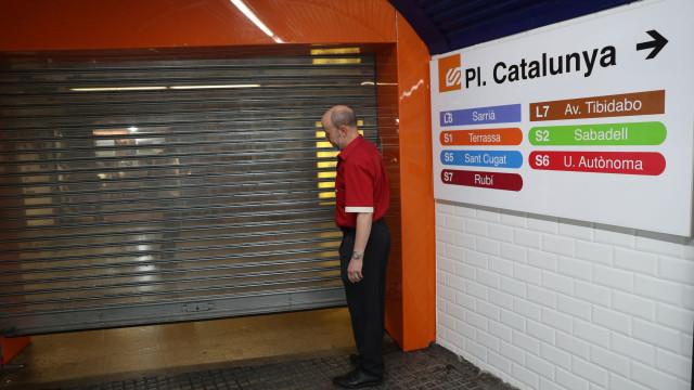 Violência no metro de Barcelona. Ladrões usavam pistola de ar comprimido