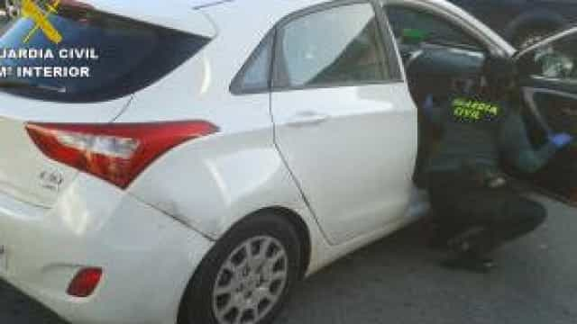 Português detido em Vigo por roubar carro. Fugiu e tinha droga no sangue