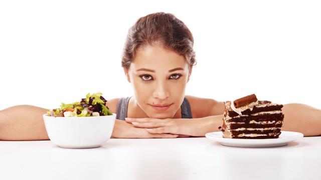 Emagreça já. Quatro exercícios mentais para melhorar a sua alimentação