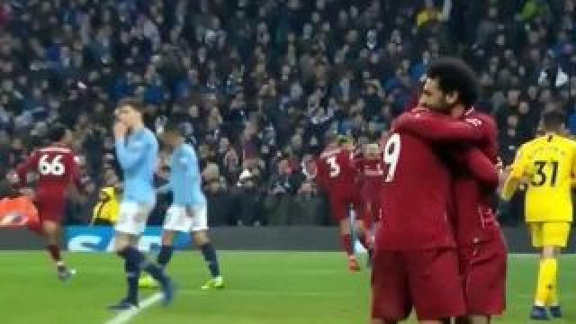 Firmino conclui jogada 'divinal' e devolve empate ao Liverpool