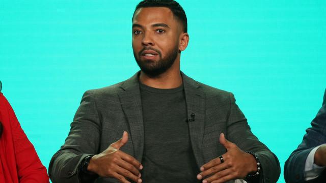 Ator Christian Keyes apela para que fãs homossexuais parem de o assediar