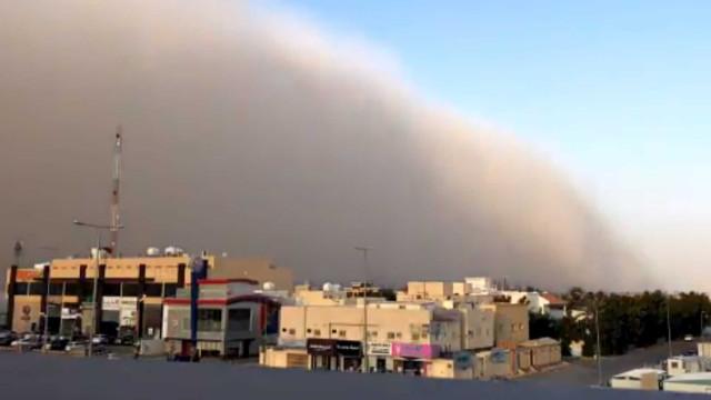 Tempestade de areia (anunciada) cobre Riade