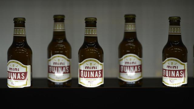 Cerveja portuguesa Quinas entra em 450 lojas da África do Sul em janeiro