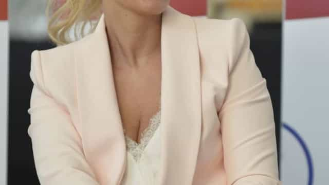 Cristina Ferreira exibe novo visual em estreia de programa na SIC