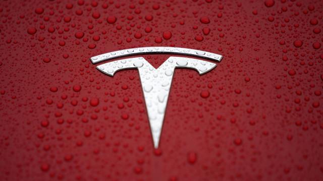 Encomendou um Tesla Model 3? O seu carro está quase a chegar