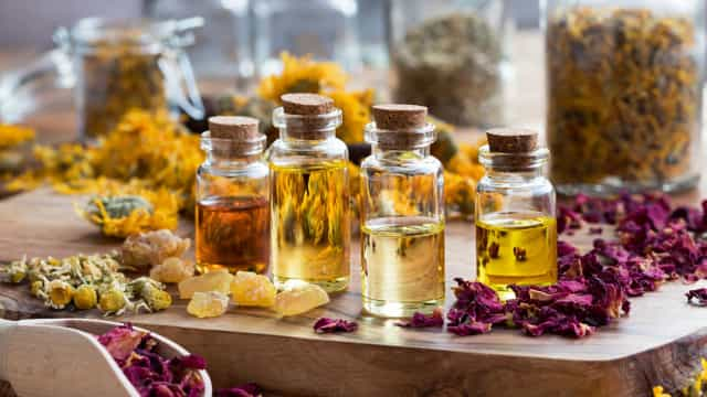Sofre de insónias? Entenda como a aromaterapia o pode ajudar