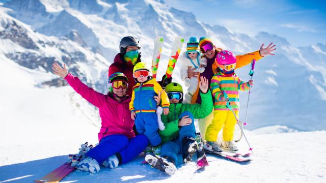 Os melhores locais para esquiar com a família