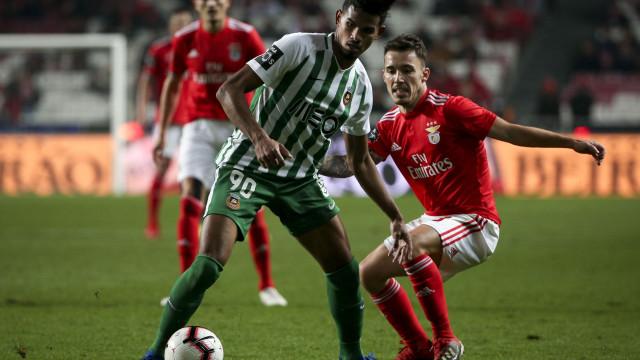 Galeno 'atira-se' à arbitragem do Benfica-Rio Ave