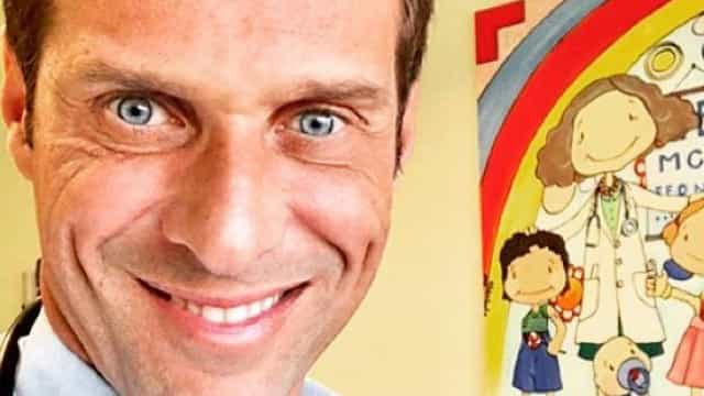 Foto única: José Carlos Pereira mostra o rosto do filho pela primeira vez