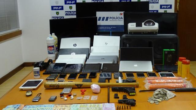 Casal detido em Faro com mais de 600 doses de droga