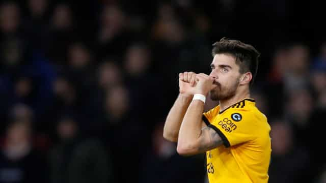 Goodbye, Liverpool! Show luso do Wolves atira Klopp para fora da Taça